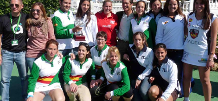 Padel Shark Los Boliches, brillante campeón de pádel femenino de Andalucía