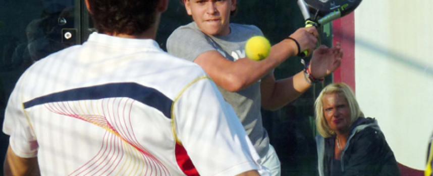 Unas 75 parejas llenan de pádel el Racket Club Fuengirola durante su torneo de marzo