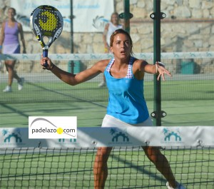Almudena Tore padel final 2 femenina torneo clinica dental plocher los caballeros