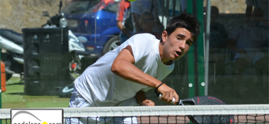 El pádel combate la crisis en el I Torneo Negocios de Estepona en el Club de Tenis