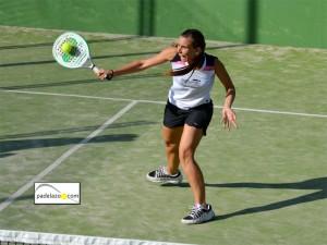 Bea Ramirez padel mixta torneo otoño invierno capellania octubre 2012