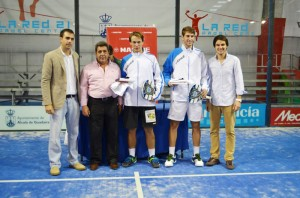 Ernesto Moreno y Alejandro Ruiz, campeones junior del Master de Pádel de Menores 2012
