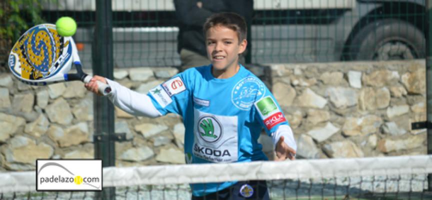 El pádel aplaca el temporal en el Campeonato Provincial de Menores en Málaga