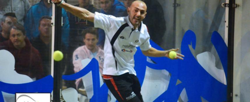 Beracierto y Bravo guían con orden su victoria en el Campeonato Provincial de Pádel en Málaga