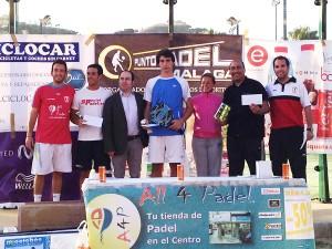 Carlos Pérez y Beltrán Chamizo, campeones de la 2ª masculina. Foto: Punto Pádel Málaga.