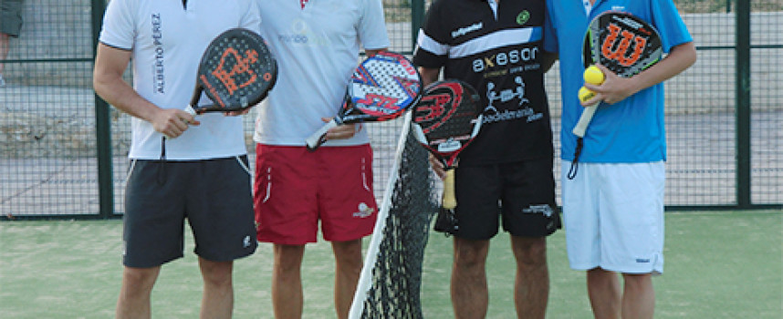 El pádel granadino eleva el espectáculo en el torneo de Villanueva de Algaidas