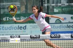 Elena Ramirez pre previa femenina world padel tour malaga vals sport consul julio 2013