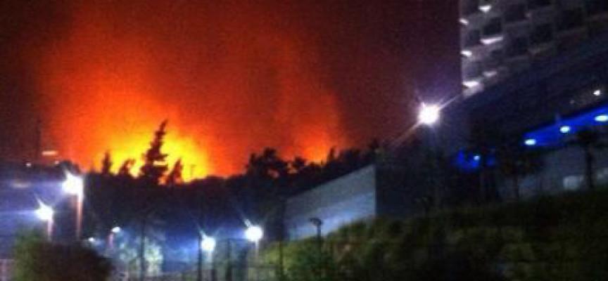 El club Reserva del Higuerón vuelve a la normalidad tras su desalojo preventivo por un gran incendio en la zona