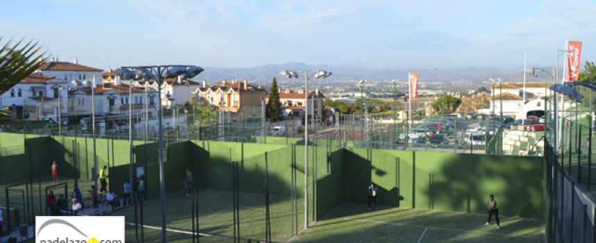 Doble celebración del padel en el club La Capellanía para comenzar 2014