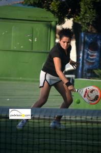 rebeca-ruiz-mixta-A-torneo-padel-decimo-aniversario-la-capellania-enero-2014