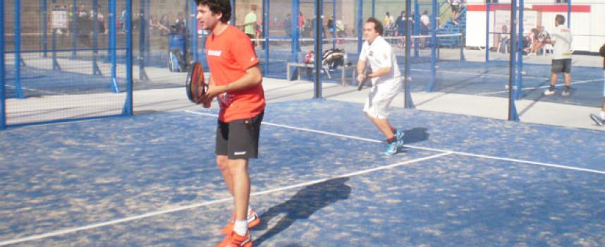 El padel inunda las nuevas pistas del Colegio Europa con el exitazo del I Torneo Punto Pádel Málaga 2014