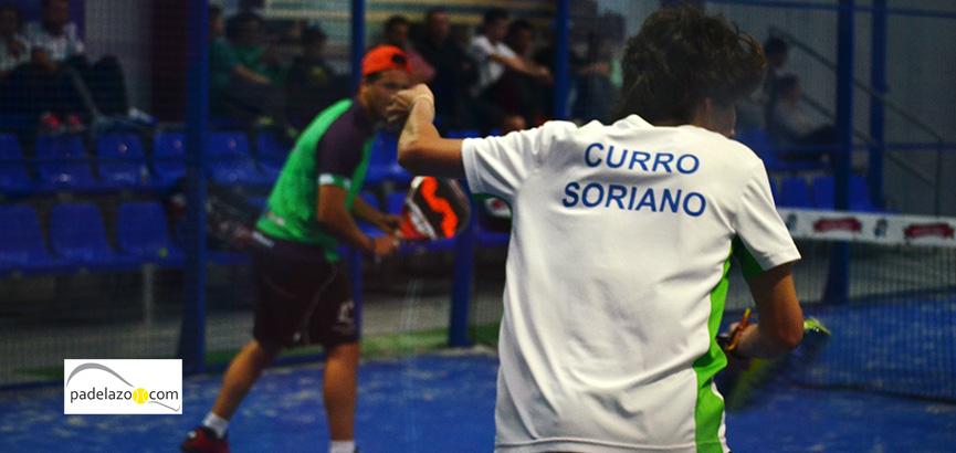 curro-soriano-cayetano-rocafort-2-padel-campeones-final-1-masculina-torneo-semana-santa-fantasy-padel-abril-2014