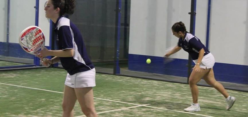 elena-de-la-torre-y-leticia-garcia-campeonato-de-españa-universitario-de-padel-2014-merida