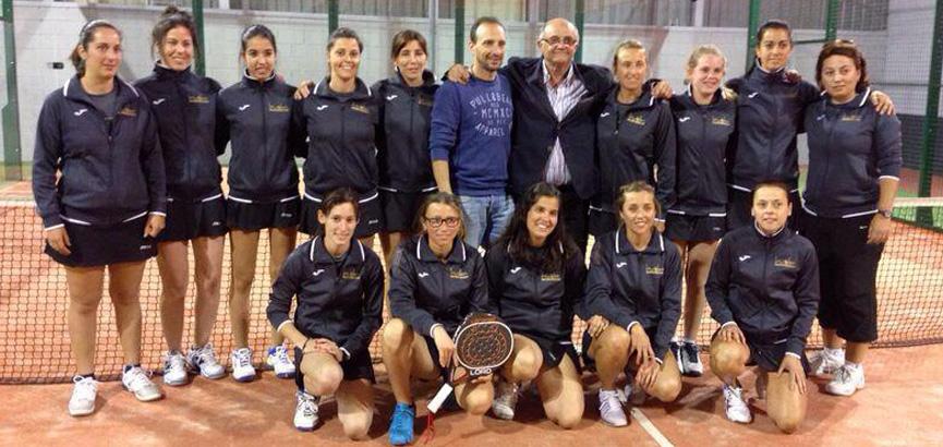 equipo-la-volea-huelva-femenino-campeonas-campeonato-de-andalucía-de-padel-por-equipos-de-3ª-córdoba-abril-2014