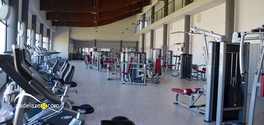 centro-deportivo-las-mesas-estepona-fitness