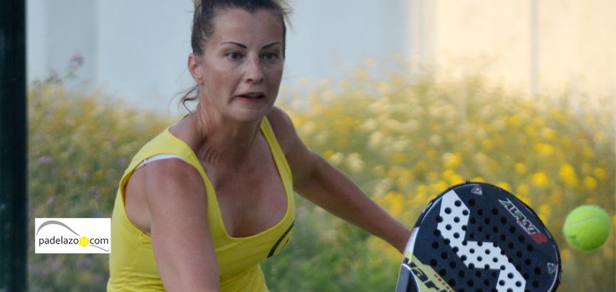 Irina-Chernenko-2-equipo-femenino-nueva-alcantara-padel-previa-andalucia-campeonato-españa-padel-por-equipos-3-categoria-antequera-mayo-2014