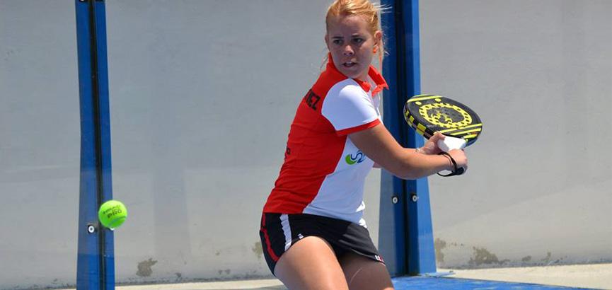 lucia-martinez-subcampeona-torneo-padel-alcaudete-2014