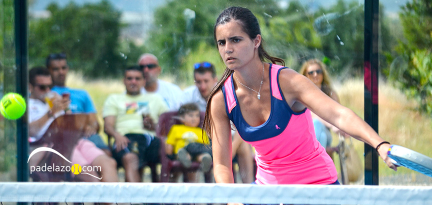 ana-medina-3-final-femenina-open-beneficio-padel-matagrande-julio-2014