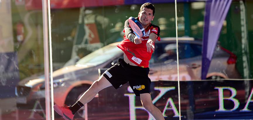 adrian-allemandi-semifinal-masculina-world-padel-tour-marbella-2014