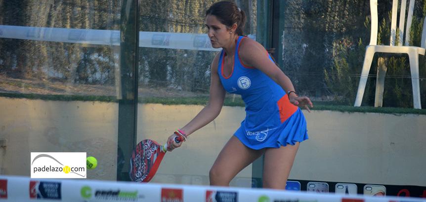 esther-lasheras-primera-ronda-cuadro-femenino-world-padel-tour-marbella-2014