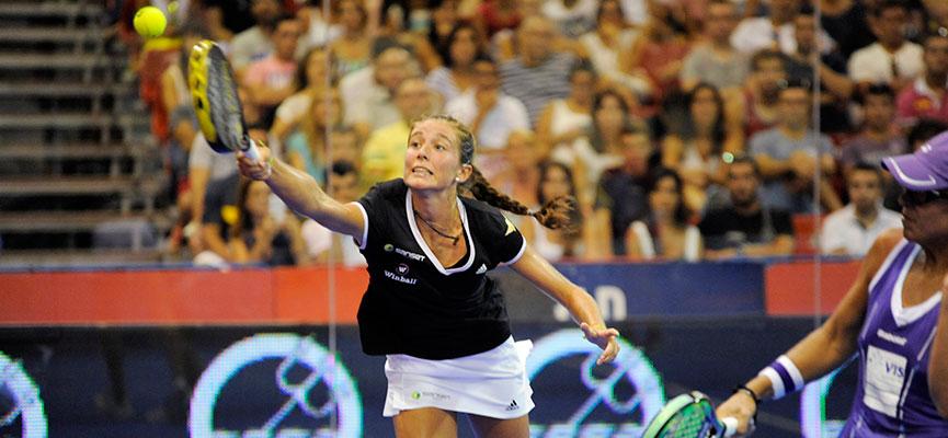 marta-ortega-y-lucia-sainz-semifinal-world-padel-tour-la-nucia-2014