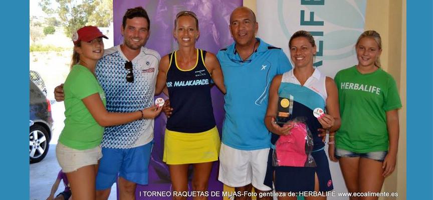Brilla el padel en el estreno del club Raquetas de Mijas