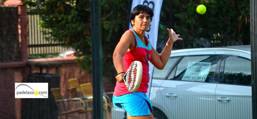 cristina-cortijo-2-femenina-torneo-de-padel-cruz-roja-en-hotel-myramar-fuengirola-octubre-2014