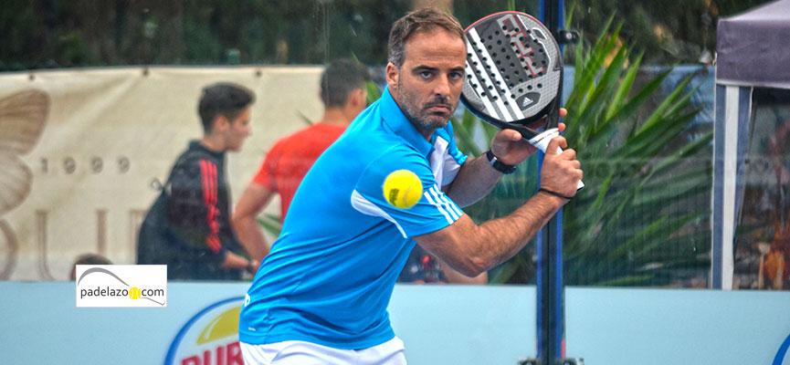 miguel-doncel-final-1-masculina-torneo-padel-el-pilar-vals-sport-axarquia-octubre-2014