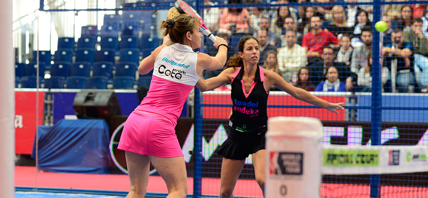Cata Tenorio y Marta Marrero, en un partido de la prueba de Valencia. Foto: WPT.
