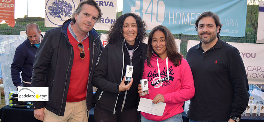 alma-y-laura-rojas-campeonas-consolacion-3-femenina-torneo-padel-340-homes-inmobiliaria-reserva-higueron-enero-2015
