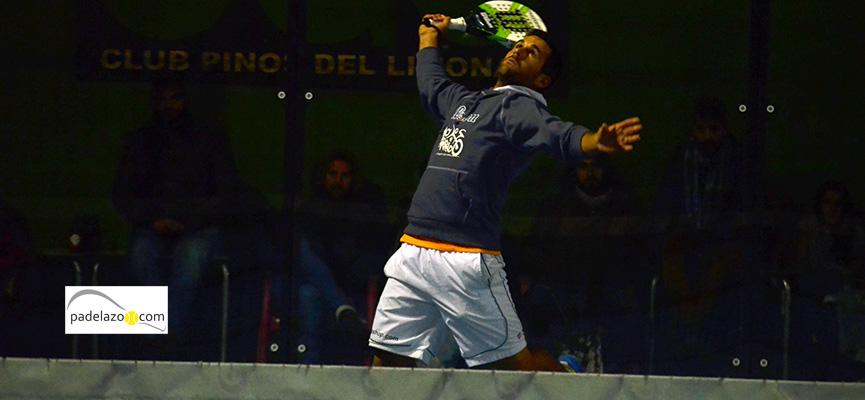 javi-bravo-final-1-masculina-Torneo-Padel-Memorial-Alfonso-Carlos-Garcia-Pinos-Limonar-febrero-2015