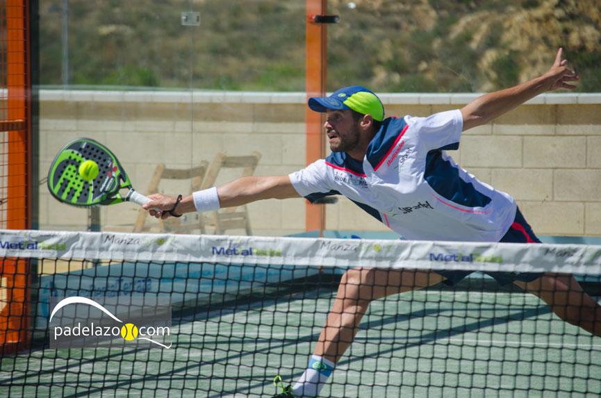 alberto-franco-final-masculina-torneo-padel-abs-1000-las-mesas-estepona-mayo-2015