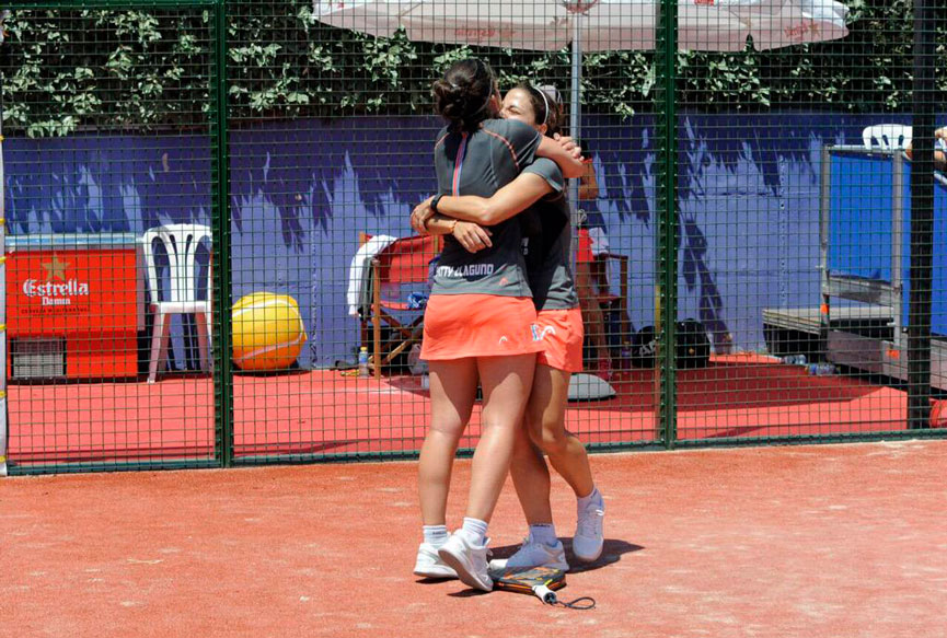 eli-amatriain-y-patty-llaguno-victoria-final-cordoba-estrella-damm-open-world-padel-tour-2015