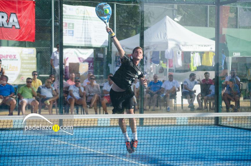 jose-benavides-final-masculina-torneo-beneficio-padel-matagrande-antequera-2015