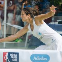 Gemma Triay y Paula Eyheraguibel destrozan la esperanza malagueña y abren la puerta de las semifinales en el Martín Carpena