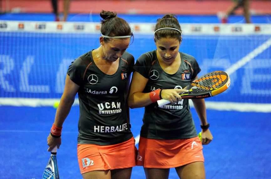 patty-llaguno-y-eli-amatriain-final-femenina-world-padel-tour-la-nucia-open-2015