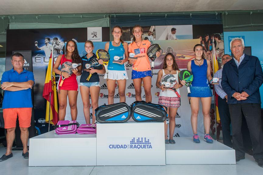campeonas-y-subcampeonas-junior-femenino-campeonato-espana-padel-menores-2015