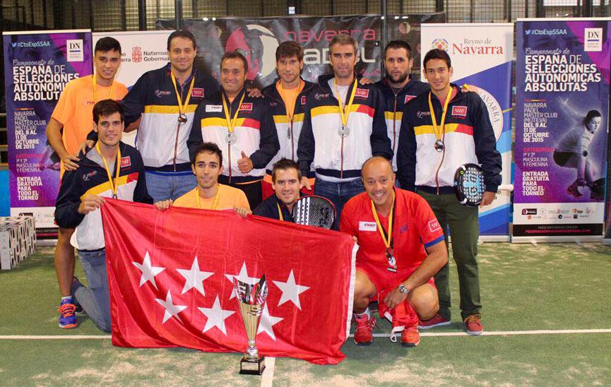 subcampeones-madrid-campeonato-espana-padel-absoluto-selecciones-autonomicas-2015