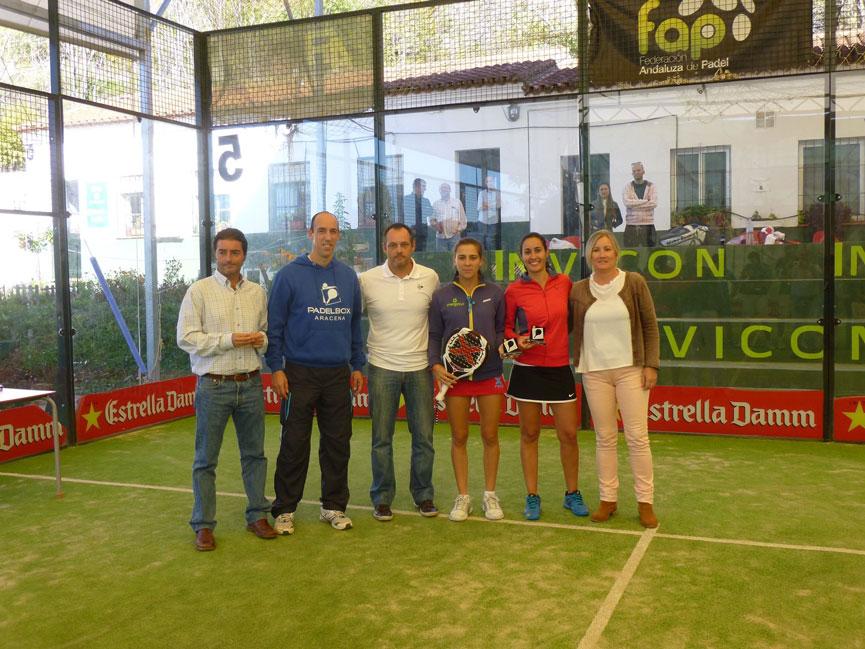 elena-ramirez-y-cristina-trufero-campeona-provinciales-padel-huelva-2015