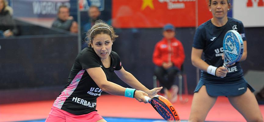 eli-amatriain-y-patty-llaguno-campeonas-final-femenina-estrella-damm-barcelona-master-2016