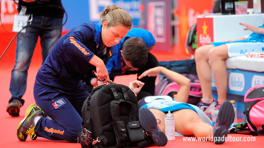 golpe-Salazar-final-femenina-world-padel-tour-a-coruna-open-2017