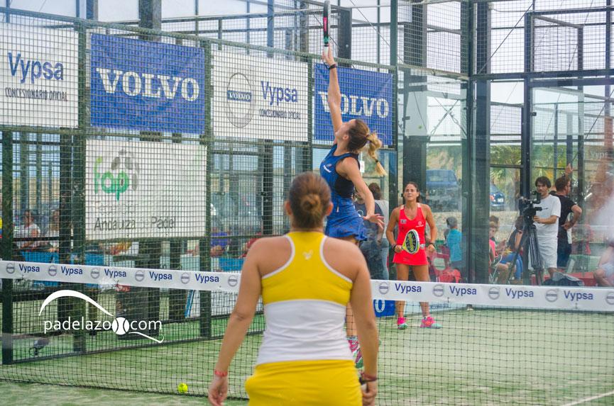 victoria-iglesias-y-mari-carmen-villalba-final-femenina-campeonato-andalucia-padel-2017